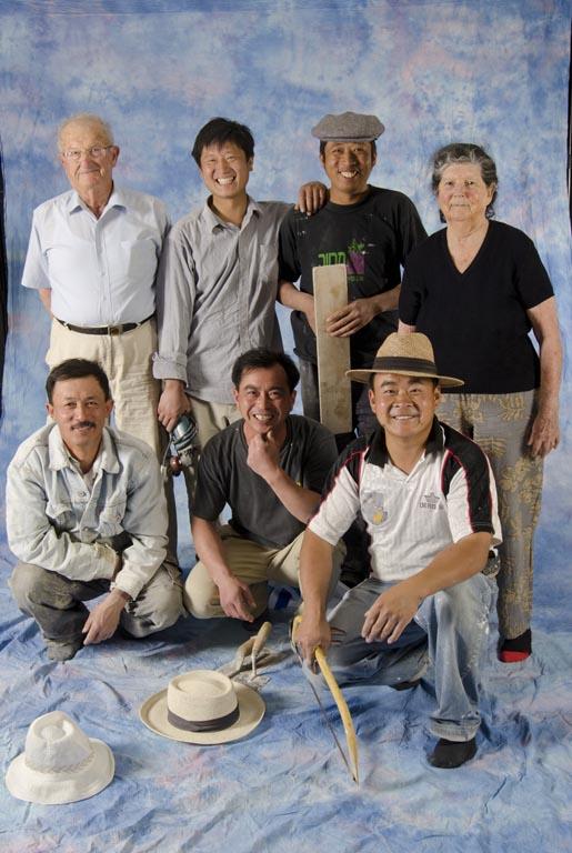 פועלים סיניים במיגון 2011